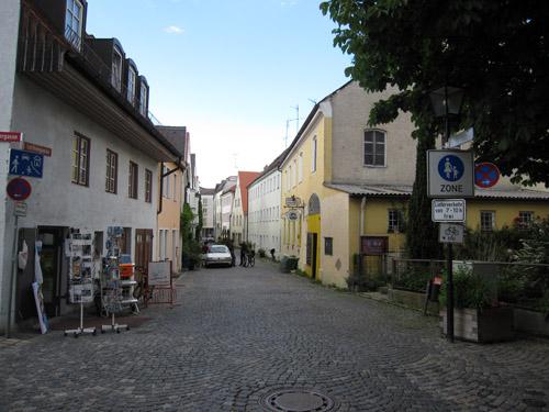 Fotohandleren og en lille café