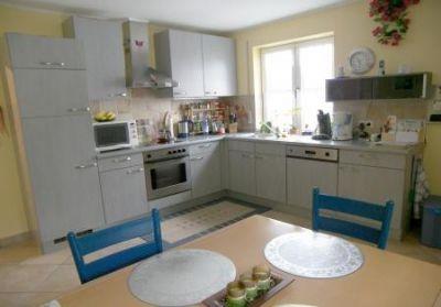 Køkkenet med spiseplads