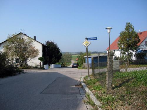 Ud af Wolfersdorf...