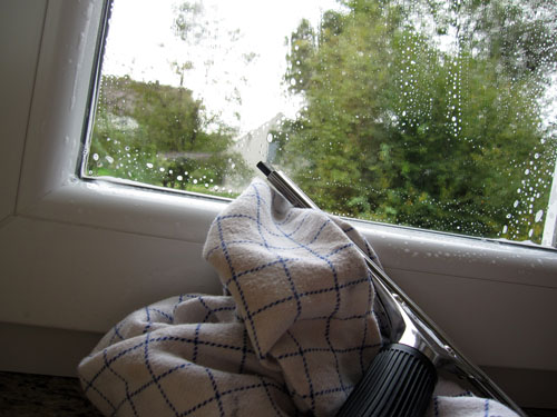Afvaskning af vinduer...