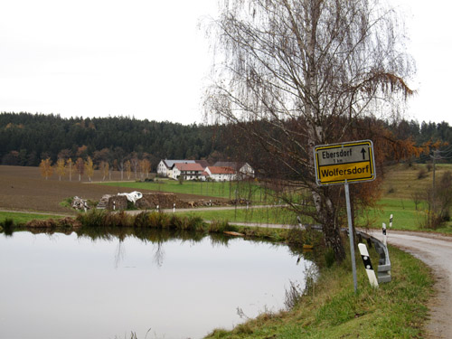 Byskiltet i Wolfersdorf...