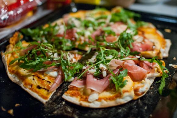 Indvielse af Weber pizzaovn...
